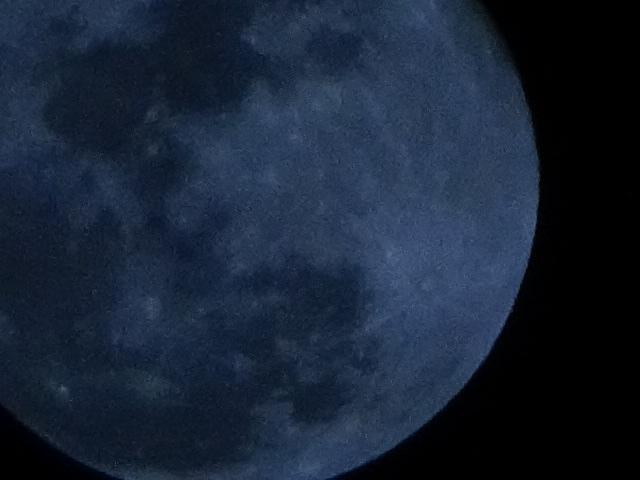 今日は乙女座の満月だって