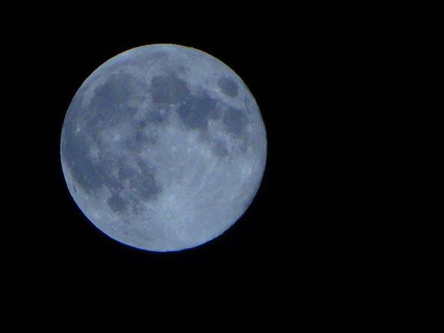 満月【今日の一枚】