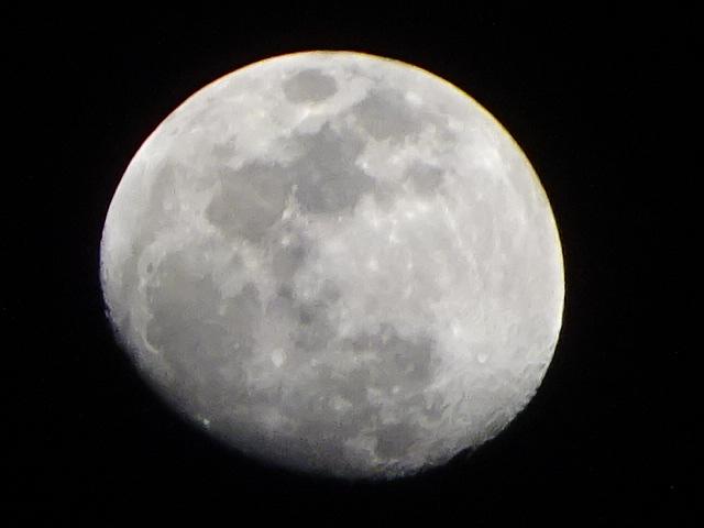 月の写真が多い理由を考えてみた。