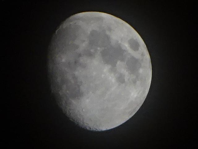 月の綺麗な夜でした。【今日の月】