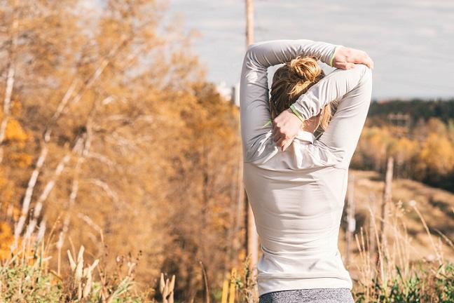 肩関節周囲炎 リハビリ日誌4 痛み進行中。腕組みしても痛い。ブラのホックは前で。