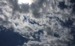 今日の空を記しておこう。2019Apr15