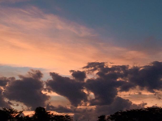 台風の後の夕焼け【今日の一枚】