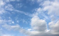 今日の空を記しておこう。2020Apr11