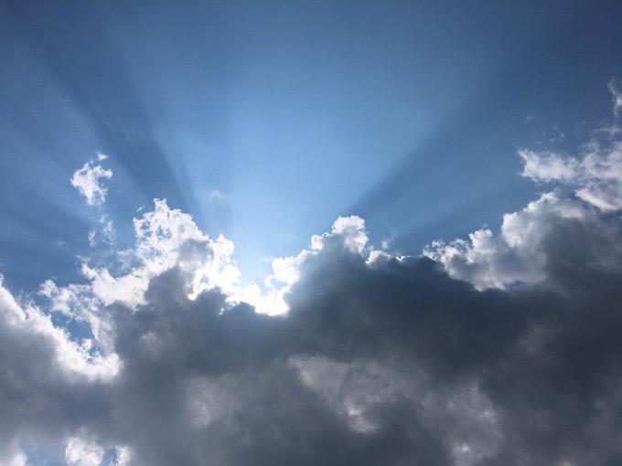 今日の空を記しておこう。2020Jun08