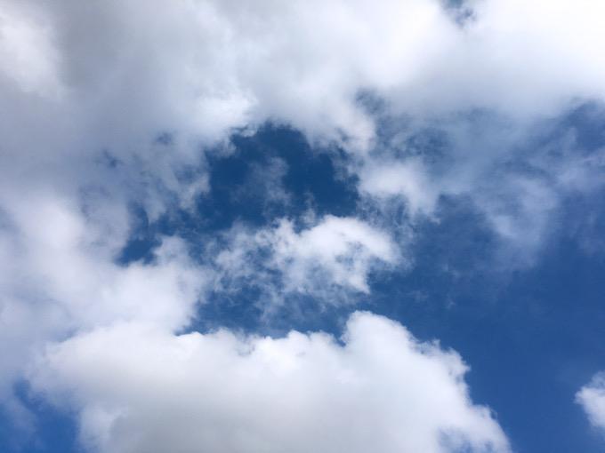 今日の空を記しておこう。もう11月なんだなぁ。2020Nov03
