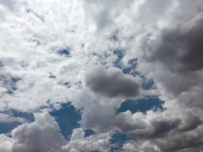 【DMM英会話】タンザニアの先生に見せた空(疲れた時はスマホで撮った写真をネタにして話せ)